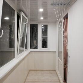 Отделка и утепление балкона